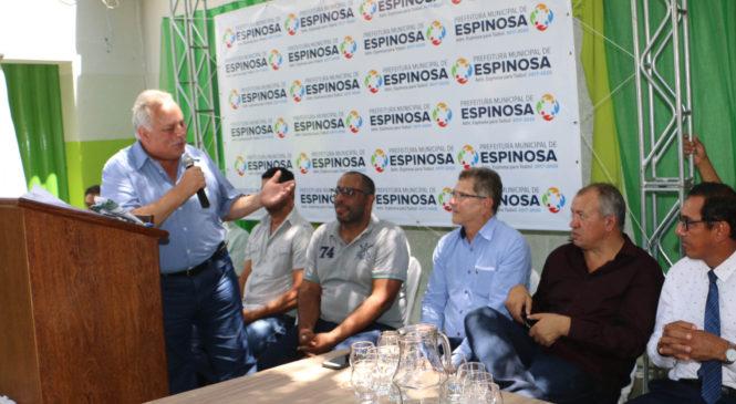 Prefeito de Espinosa anuncia pacote de obras em diversos pontos do município