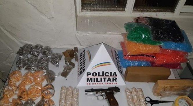 Menor é detido com mais de mil pedras de crack e 615 pinos de cocaína em Montes Claros
