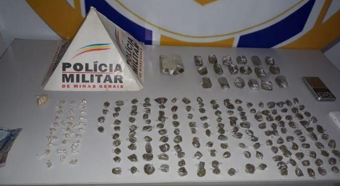 Duas mulheres são detidas com 189 buchas de maconha e cocaína em Montes Claros